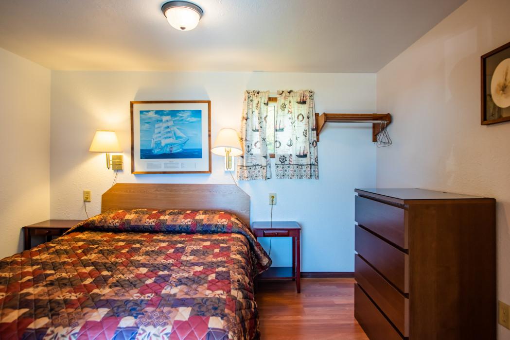 Cabin #21– 1 Bed, Kitchenette