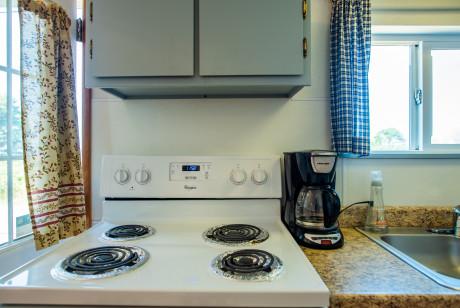 Oceanside Ocean Front Cabins - In-Room Amenities - Coffee Maker & Gas Stove