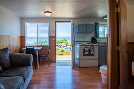 Oceanside Ocean Front Cabins - Cabin Layout